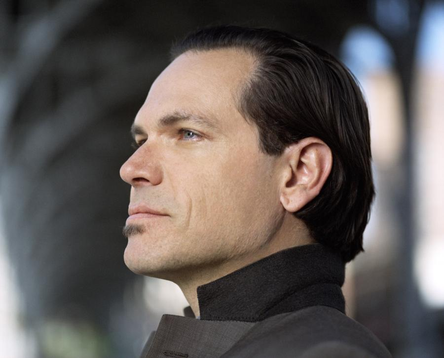 Kurt-Elling-Publicity-Photo-2-Credit-Christian-Lantry-Lo